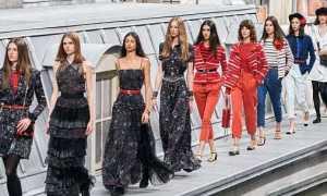 Костюм Chanel весна-лето 2020