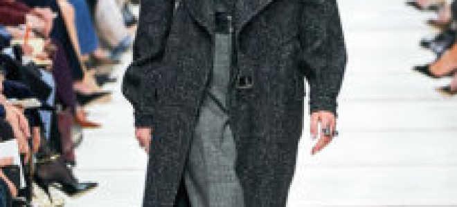 Пальто с меховым воротником: 60 фото модных советов!